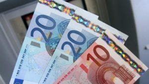 Überraschende Gebührenbeim Geldabheben!