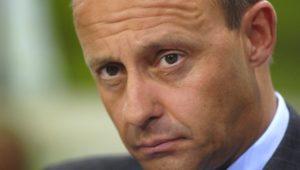 Nach Merkel-Rückzug als CDU-Vorsitz: Merz tritt offiziell zur Kandidatur an