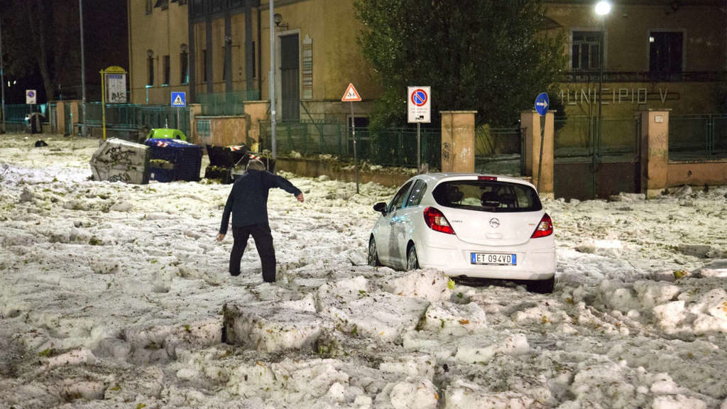 Schlimme Unwetter in Italien: Hagel und Eis sorgen für Chaos – Experte warnt
