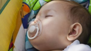 Gut für das Immunsystem: Schnuller darf man doch ablecken