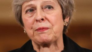 Streit um Brexit-Abkommen: Drohender Sturz – Schicksalswoche für Theresa May