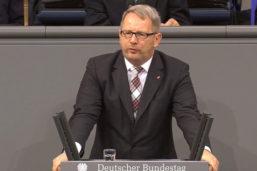 Schlagabtausch im Bundestag: SPD-Abgeordneter wirft AfD schäbige Politik vor