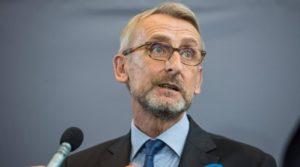 Merkel lehnte Seehofers Verfassungsschutzchef-Kandidaten Armin Schuster ab