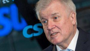 Horst Seehofer will nach Angriffen in Amberg Gesetze verschärfen