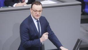Jens Spahn will Altersbestimmung von Migranten per Ultraschall prüfen