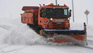 DWD warnt vor Orkanböen, extremen Schneefall und Dauerregen