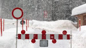 Hotel im Allgäu von Lawine getroffen – DWD warnt vor extremen Schneefall