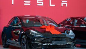 Böse Preis-Überraschung bei Teslas Deutschland-Premiere