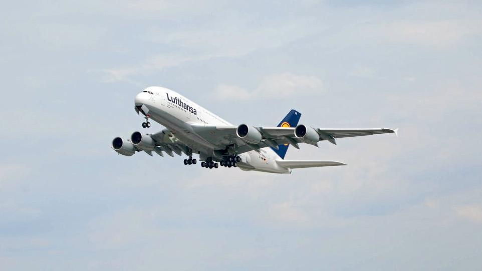"""""""Fiasko für Airbus, Triumph für Boeing"""""""