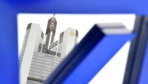 Werden Deutsche Bank und Commerzbank zur Superbank?