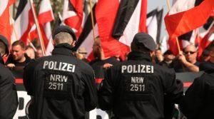 """Rechtsextremismus: """"Nordkreuz""""-Mitglieder weiterhin imReservistenverband"""