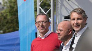 """AfD-Wahlkampfauftakt: Markige Sprüche und """"Höcke raus""""-Rufe"""